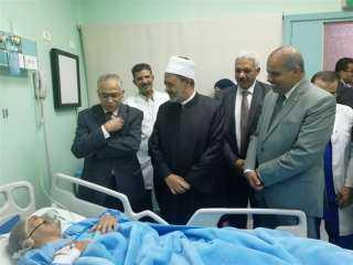 «الطيب» يطالب بتعميم تجربة «مدرسة القلب» بمختلف مستشفيات جامعة الأزهر