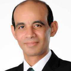 محمد موسي يكتب .. لاتفقد كرامتك حتي لا تفقد رجولتك